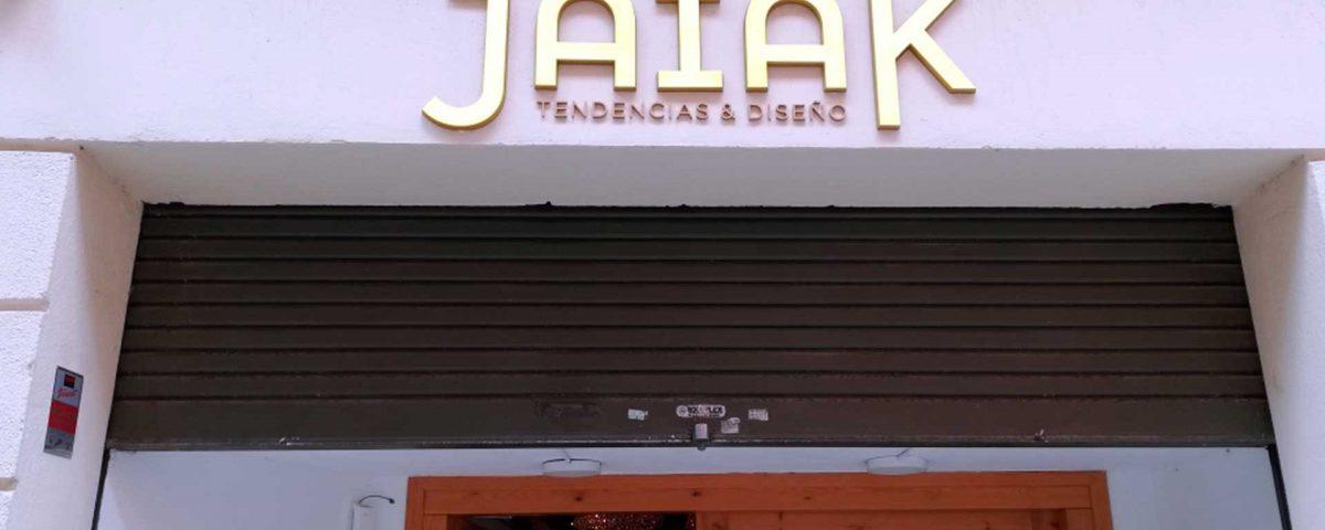jaiak , rètols , lleida , roide , volum , letras iluminadas , volumen , acero , metraquilato , exterior